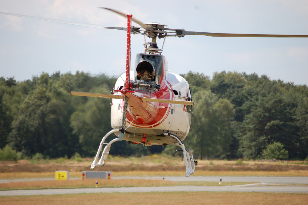AS350 Eurocopter B2