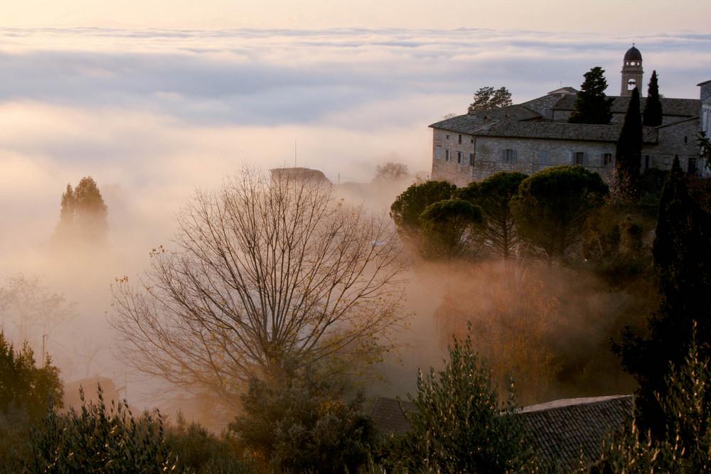 Assisi - La danza della luce e delle ombre (II)