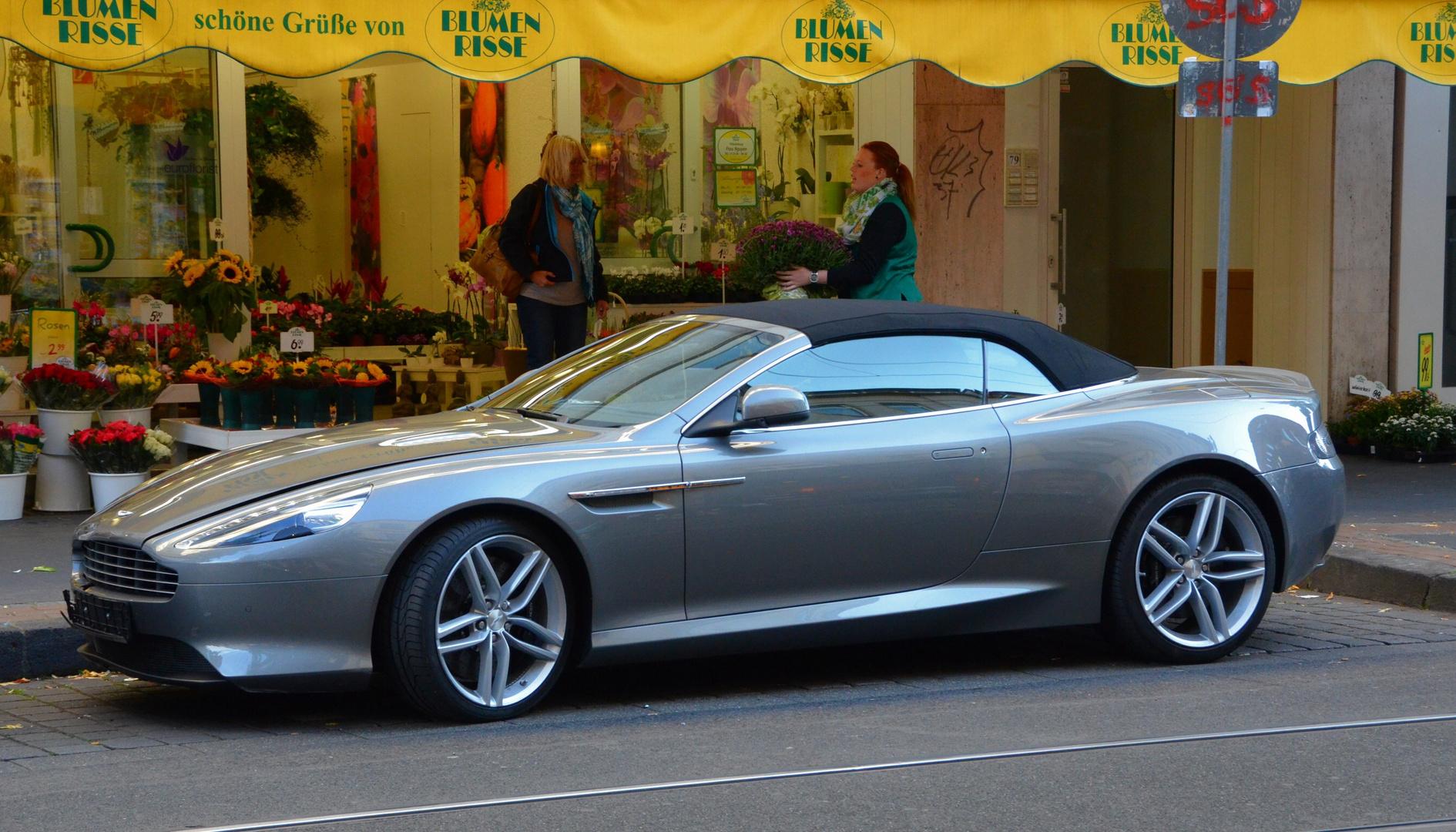 Aston Martin DB 9 (nigelnagelneu)