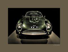 - Aston Martin DB4GT Zagato -