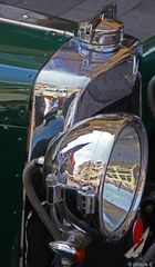 Aston Martin Frontseite