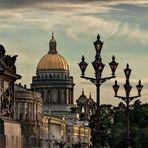 Atardece en San Petersburgo