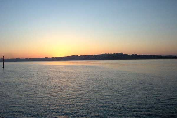 Atardecer, bahía de Santander