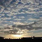 atardecer proyectado sobre las nubes