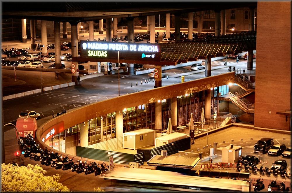 Atocha by night