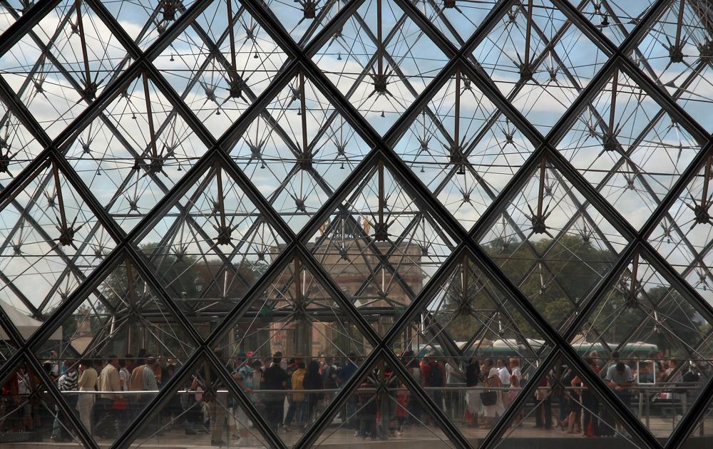 Attraverso il Louvre