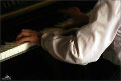 """""""Au piano..."""""""