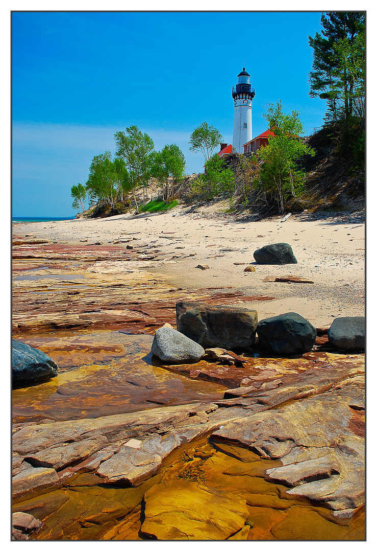 Au Sable Light