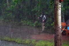 Auch bei Regen fängt man Fisch