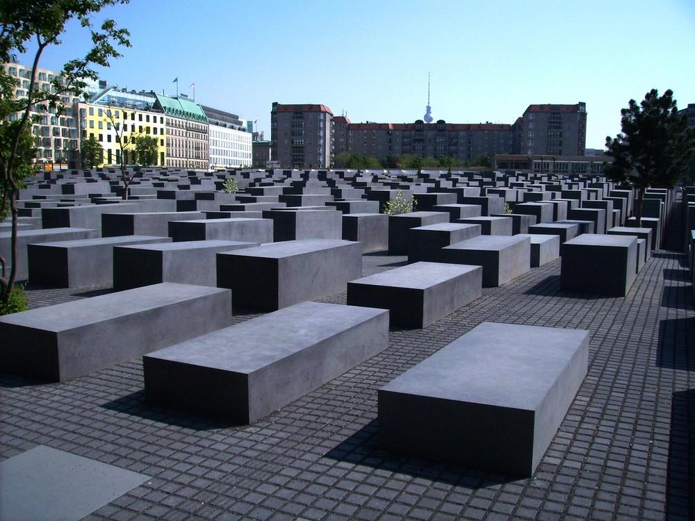 auch Berlin