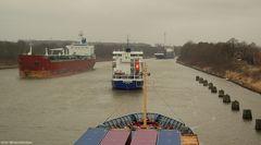 Auch Containerschiffe haben getönte Scheiben