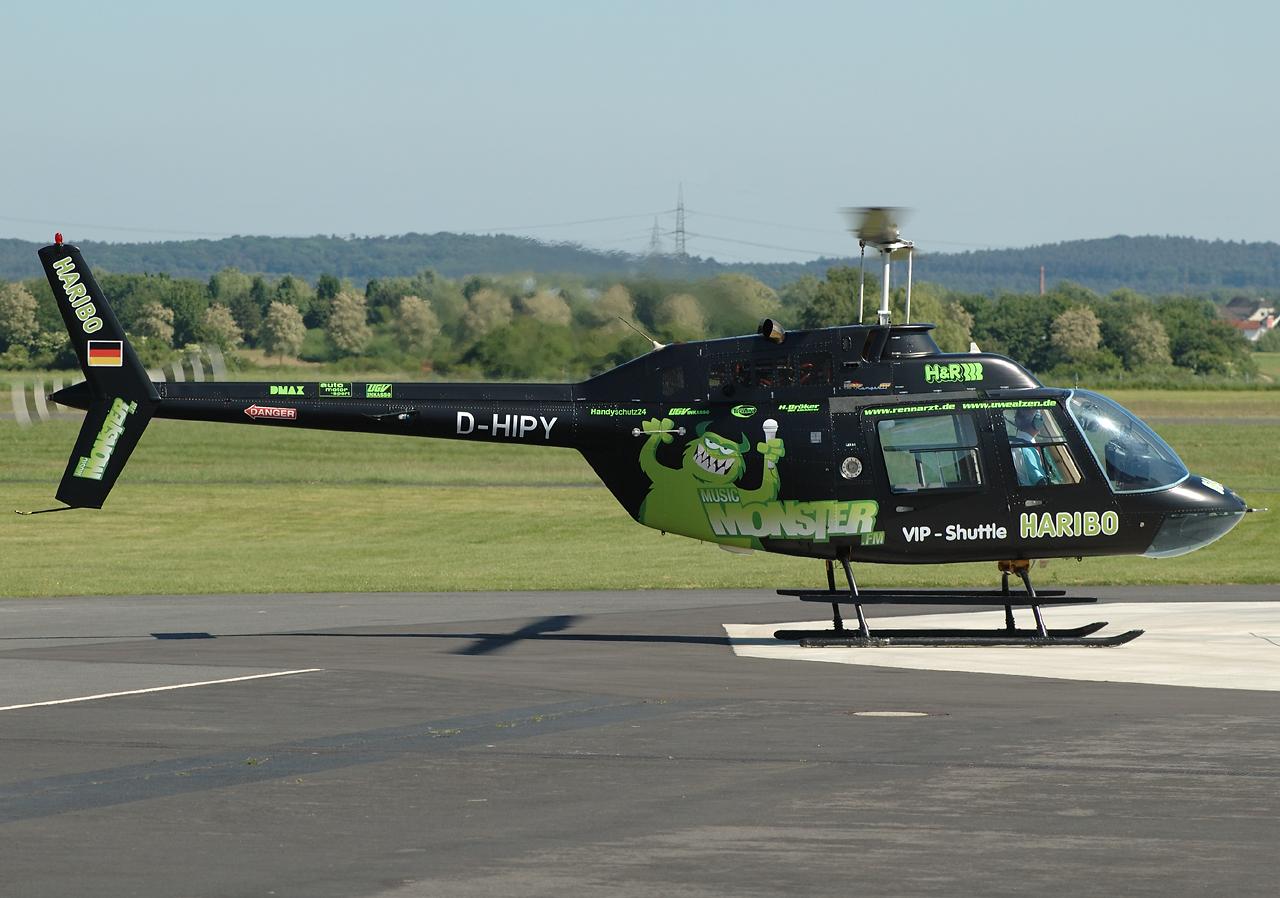 """Auch Haribo wurde schon per Hubschrauber beworben-hier das """"Music Monster""""."""