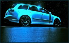 Audi im Mondschein