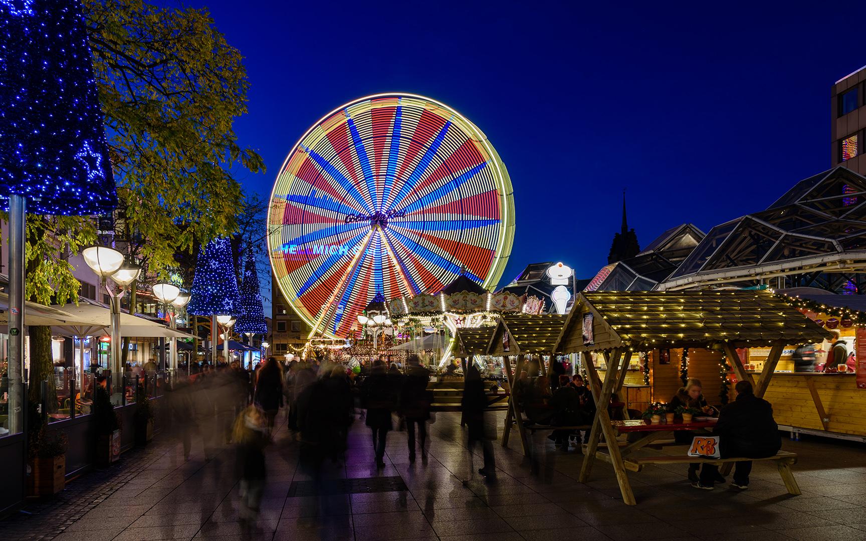 Auf dem Duisburger Weihnachtsmarkt (2) Foto & Bild ...