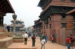 Auf dem Durbar Square in Patan