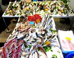 auf dem Fischmarkt in Forio