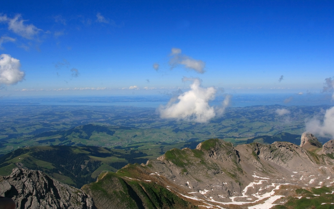 Auf dem Gipfel Blick zum Bodensee