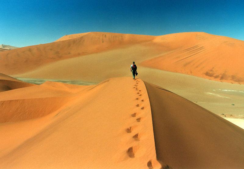 Auf dem Grat in Namibia