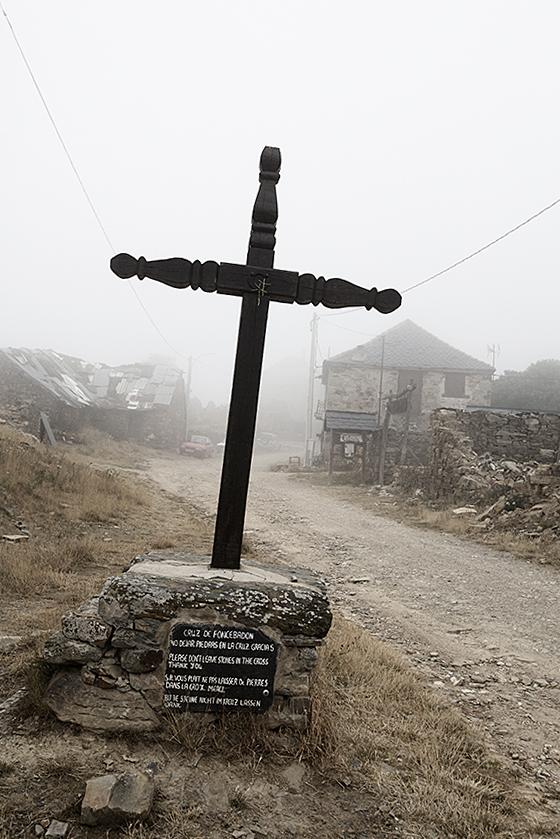 Auf dem Jakobsweg: Cruz de Foncebadón
