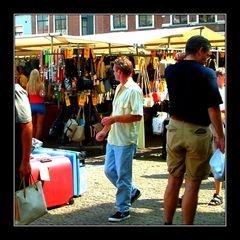 Auf dem Markt -at the market III : Point of interest