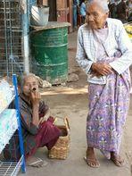 auf dem Markt in Bagan