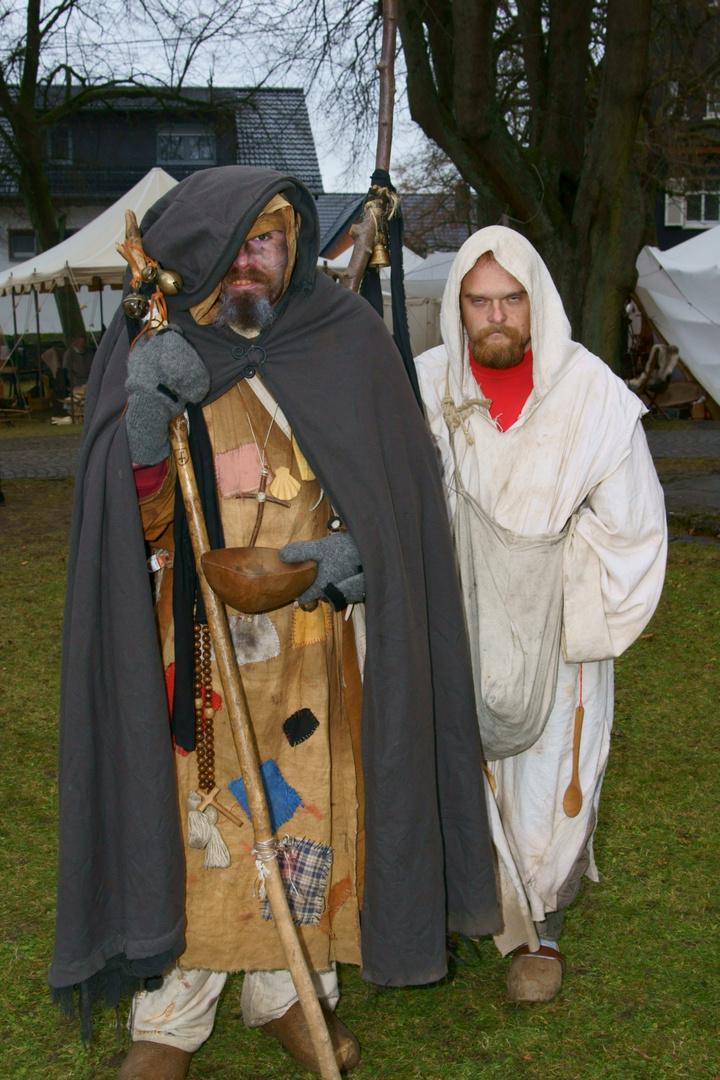 Auf dem mittelalterlichen Weihnachtsmarkt Emmerichenhain