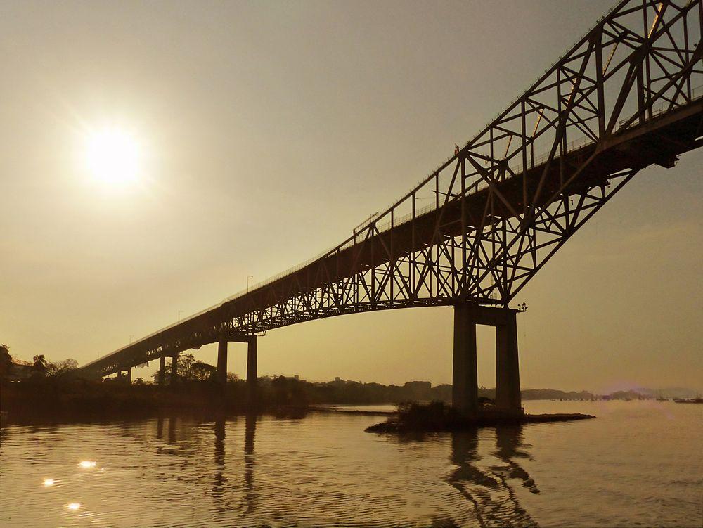 Auf dem Panama-Kanal