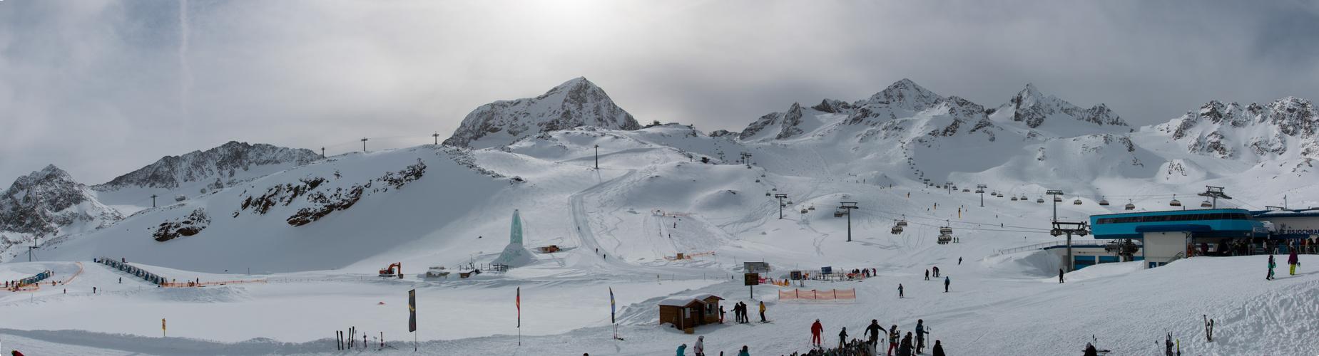 Auf dem Stuabier Gletscher 01