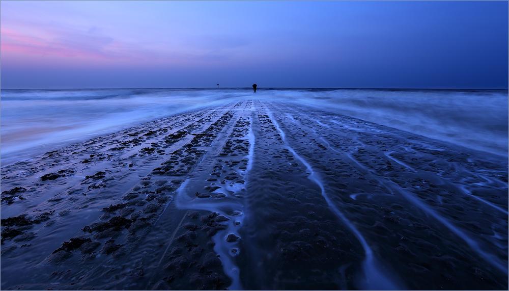 Auf dem Weg in die Unendlichkeit des Meeres