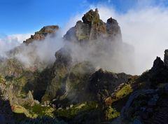 Auf dem Weg vom Pico do Airieiro zum Pico Ruivo
