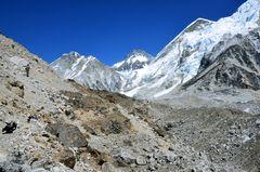 Auf dem Weg von Gorak Shep zm Everest Base Camp