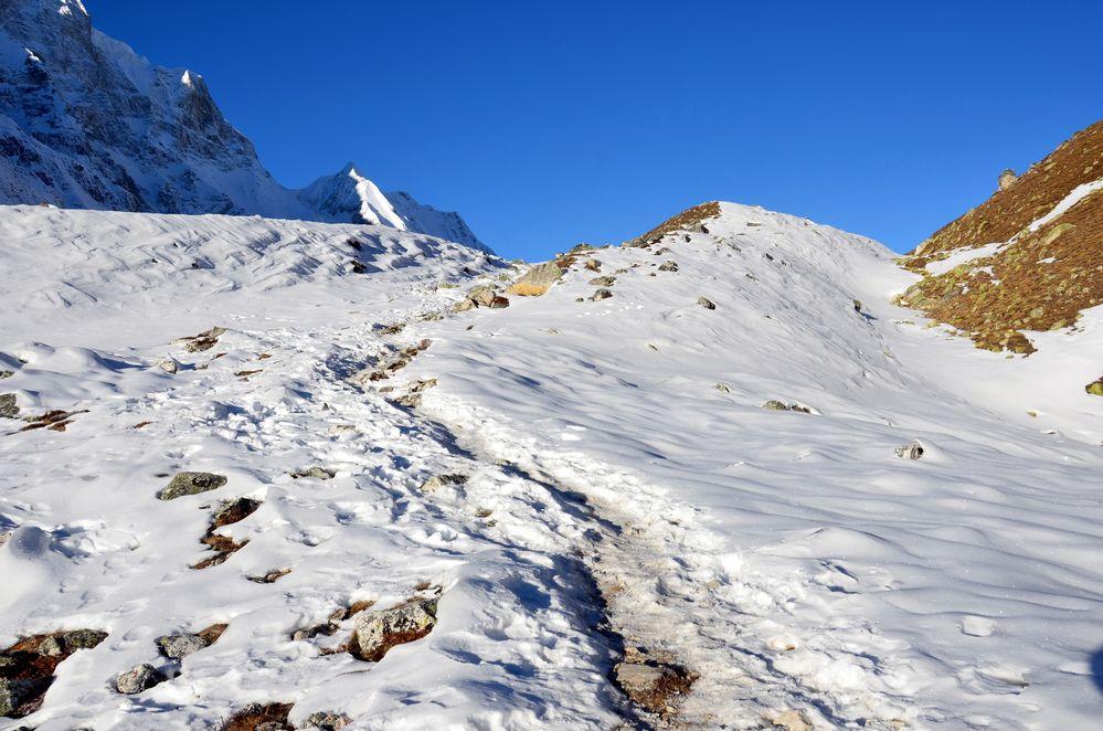 Auf dem Weg zum Larke Pass in 4800 Meter Höhe