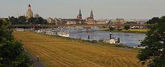 Auf dem Weg zur Albertbrücke in Dresden ein erstes Bild....