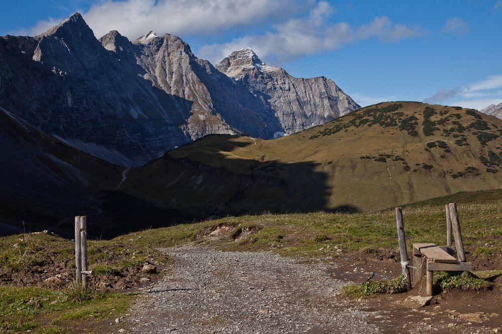Auf dem Weg zur Falkenhütte
