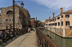 Auf den Brücken von Venedig