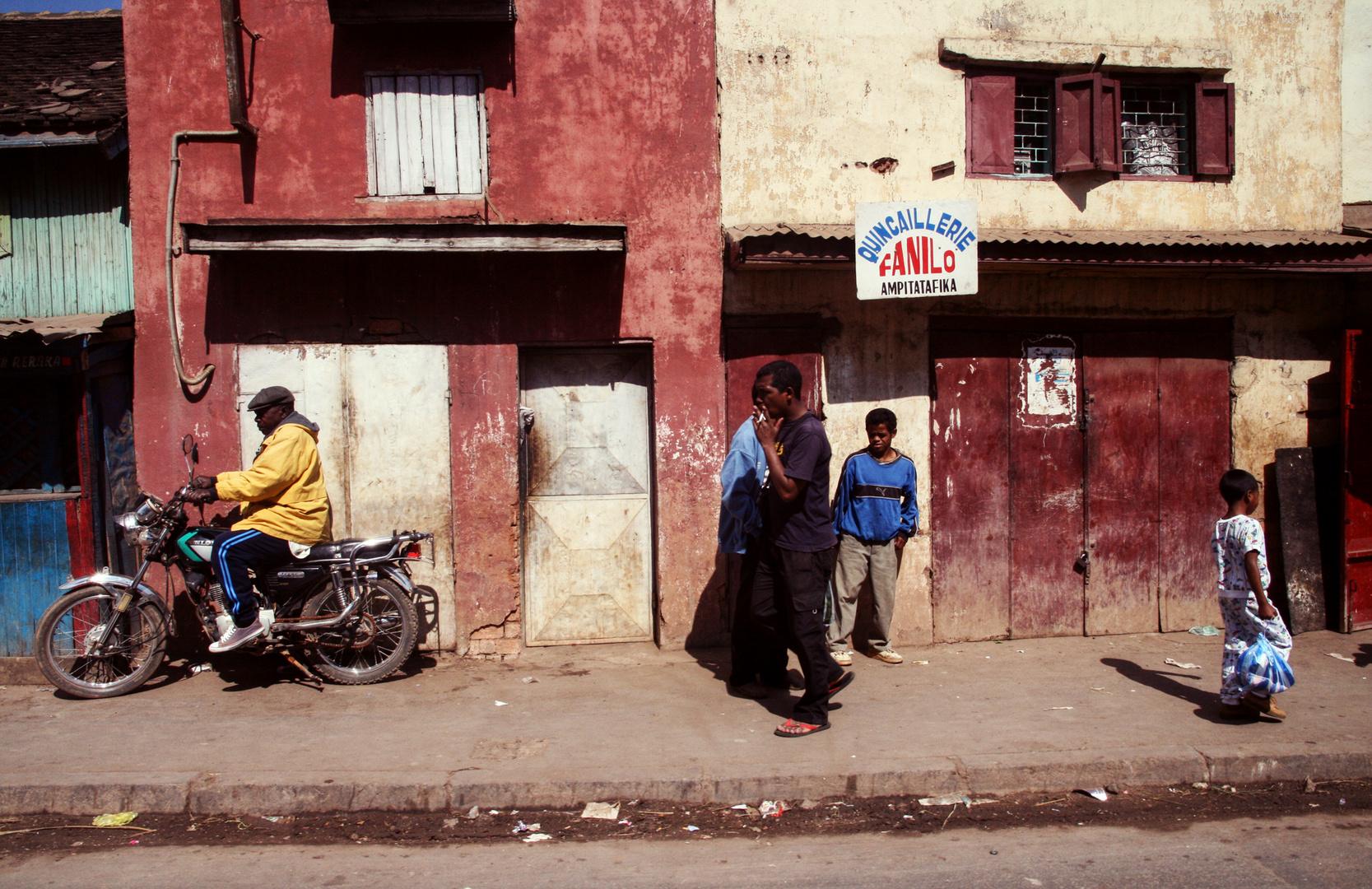 auf den Straßen Madagaskars