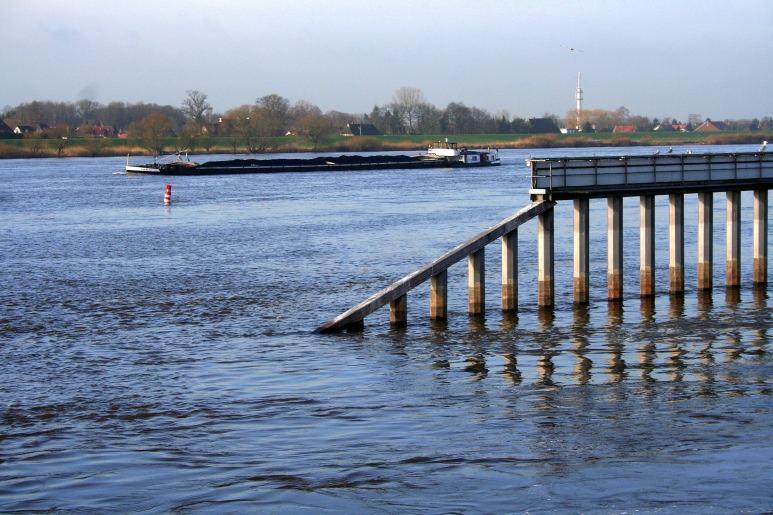 Auf der anderen Seite der Elbe......