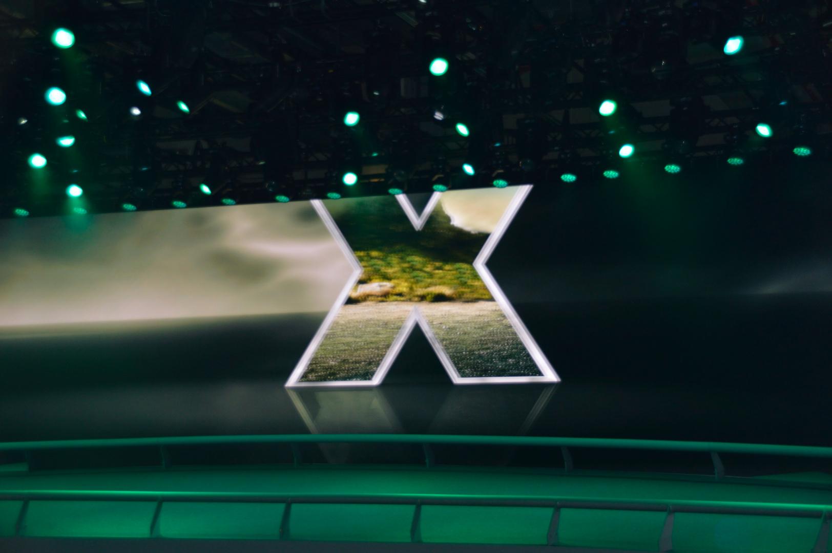 auf der IAA 2013 bei der Präsentation neuer X5 in der BMW Halle