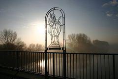 Auf der Kilianusbrücke...