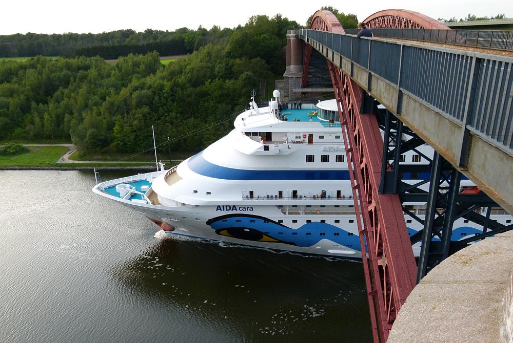 Auf der Levensauer Hochbrücke runtergeguckt:-))