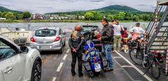 Auf der Rheinfähre nach Niederdollendorf
