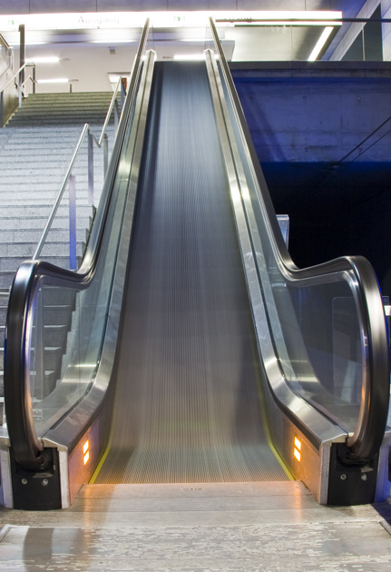 Auf der Rolltreppe...