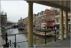"""Auf die """"Koornbrug"""" in Leiden"""