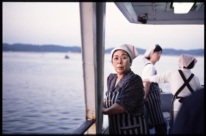 Auf einem Schiff vor Matsushima (Japan)