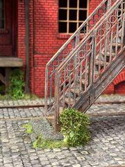 Auf gehts - alte Treppe   - 1:32 Modellbau