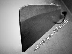 auf Messers Schneide