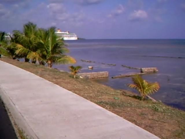 Auf Rotan Karibik