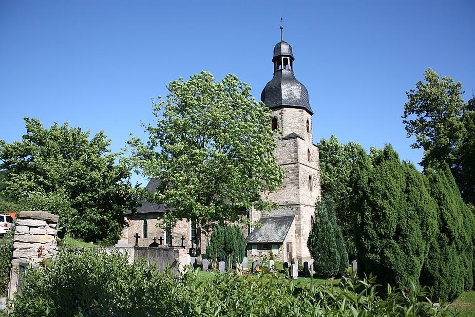 Auferstehungskirche Drackendorf bei Jena (Sonnenseite)