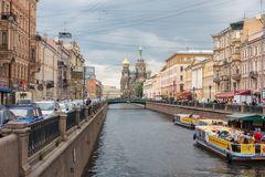 Auferstehungskirche und Gribojedow-Kanal