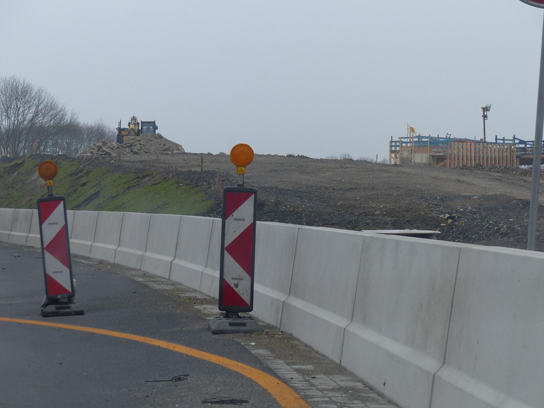 Auffahrt auf das Brückenbauwerk  1 von Bad Oeynhausen kommend